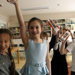 Начальная школа празднует день космотнавтики.